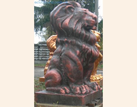 Медный лев фото