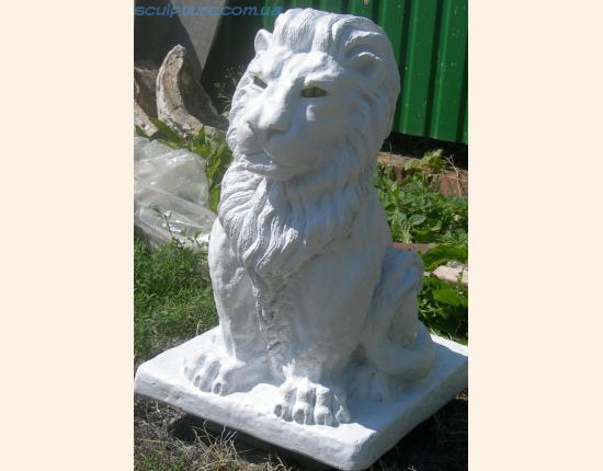 Скульптура льва фото в ракурсе 2