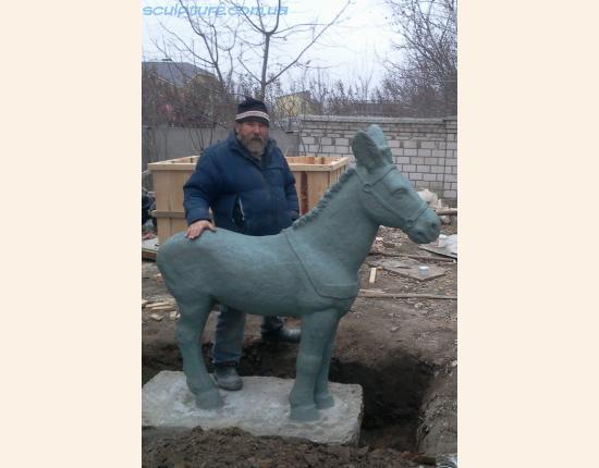 Изготовление скульптуры из бетона фото